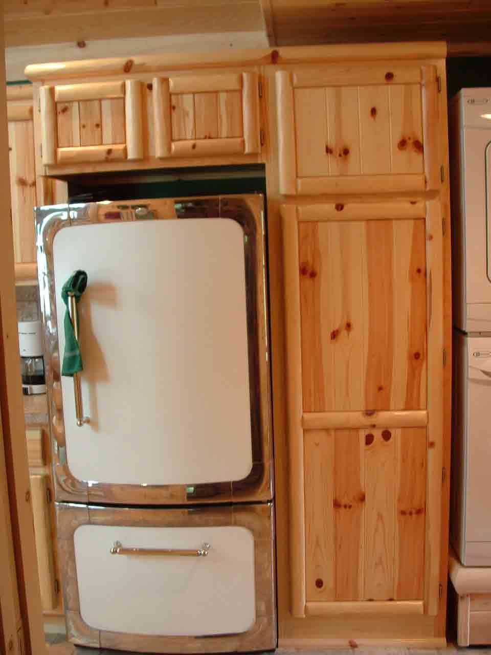Knotty pine kitchen cabinet doors knotty pine cabinet for Pine kitchen furniture